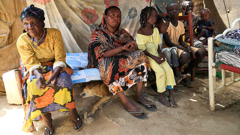 37 ألف لاجئ يعيشون في «مناطق مفتوحة» بالخرطوم.  أ.ف.ب