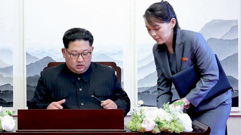 كيم يو جونغ شقيقة كيم جونغ أون تتصدر المشهد حالياً.  غيتي
