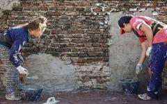 الصورة: عاملات البناء في الأرجنتيــن يشيّدن المباني ويهدمن العقلية الذكورية