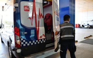 الصورة: «إسعاف دبي» تُنقذ شابة توقف قلبها