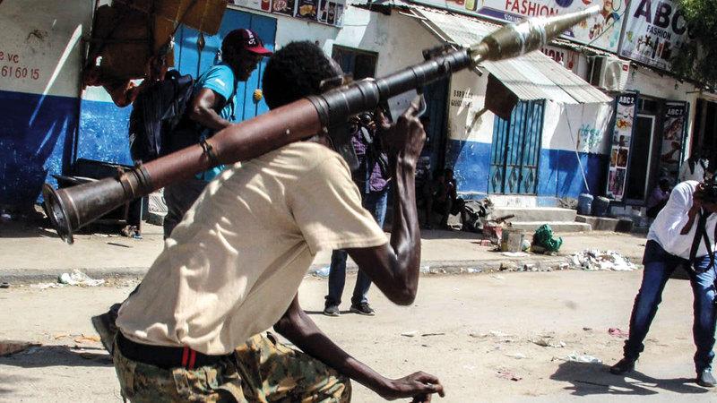 منذ تشكيل الحركة الوطنية الصومالية في ثمانينات القرن الماضي أصبح العنف في الصومال هو المعيار السائد.    أرشيفية