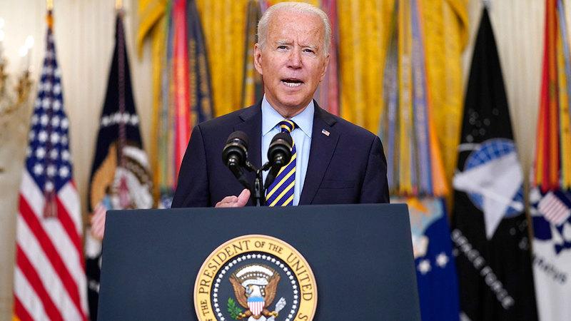 الرئيس بايدن متعجّل للتخلص من أفغانستان ومتاعبها.  أ.ب
