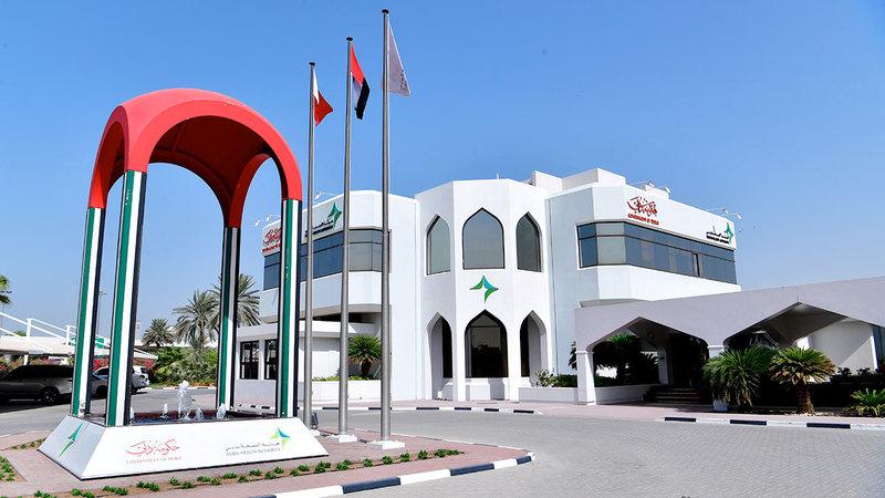 «صحة دبي» تتولّى كافة المهام والاختصاصات المرتبطة بتشريعات وترخيص ورقابة القطاع الصحي.    أرشيفية