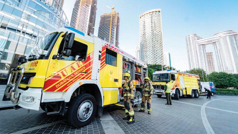 الدفاع المدني يدعو أفراد المجتمع إلى إفساح الطريق أمام مركبات وفرق الإطفاء والإنقاذ.  أرشيفية