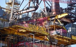 الصورة: النفط يواصل الصعود رغم زيادة المخزونات الأمريكية