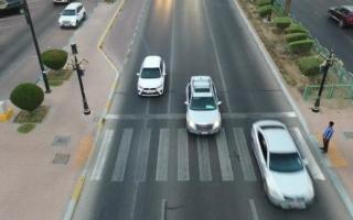 الصورة: شرطة أبوظبي: 4138 مخالفة عدم إعطاء أولوية للمشاة خلال 6 أشهر