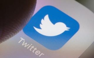 الصورة: أرباح «تويتر» وإيراداتها فاقت التوقعات