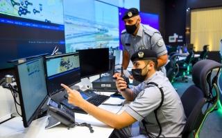 الصورة: شرطة الشارقة تستقبل 21 ألف مكالمة طارئة خلال عطلة العيد