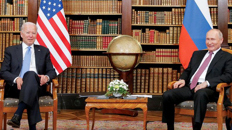 الرئيسان بوتين وبايدن في قمة جنيف قررا إجراء محادثات على أعلى المستويات بعد القمة.   إي.بي.إيه