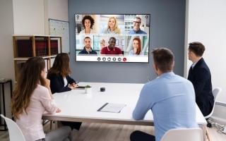 الصورة: «اتصالات» تطلق حزمة منصات اجتماعات افتراضية لدعم قطاع الأعمال