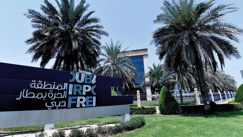 المناطق الحرة في دبي تسهم في تسريع عملية التعافي الاقتصادي.   تصوير: باتريك كاستيلو