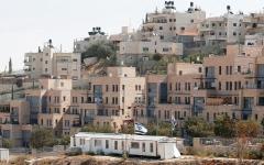 الصورة: حيّ استيطاني جديد يعزل 30 ألف مقدسي في «جبل المكبر»