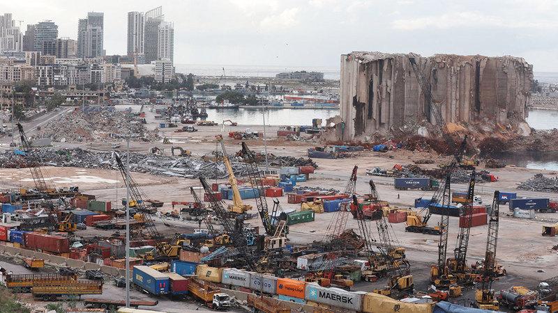 انفجار مرفأ بيروت أدخل لبنان في دوامة انهيارات متلاحقة.  رويترز