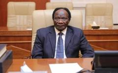 """الصورة: """"ماكينة تصوير"""" تثير الجدل في السودان.. والوزير: ملأت الوزارة فرحاً وسروراً"""