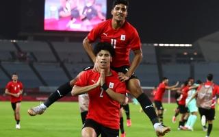 مصر تنتصر.. وتواجه منتخب عملاق في ربع نهائي أولمبياد طوكيو (صور)