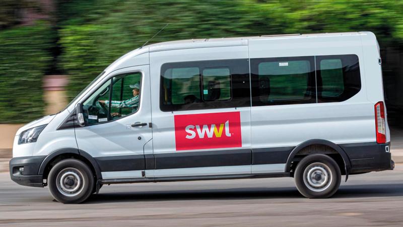 شركة «سويفل» متخصصة في توفير حلول النقل الجماعي التحويلية والتنقل المشترك.  من المصدر
