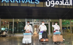الصورة: الكويت.. لا دخول للمقيمين المعفيين من اللقاح