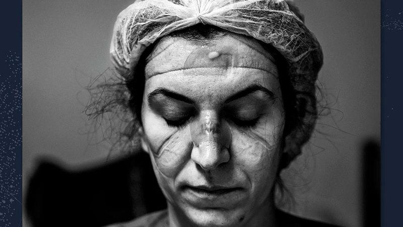 صورة الفنان البرازيلي آري باسوس الذي فاز بالجائزة الكبرى وقيمتها 120 ألف دولار أميركي.  من المصدر