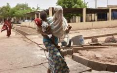 الصورة: مشاغل ودورات تدريب خلف جدران سجن باماكو للنساء