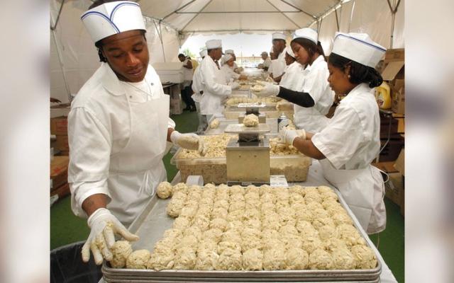 الصورة: طهاة سود يسعون إلى تحقيق سمعة طيّبة في المطبخ الأميركي