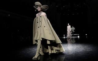 الصورة: غولتيير.. «مفهوم جديد» يؤكد   أنه «طفل الموضة المتمرّد»