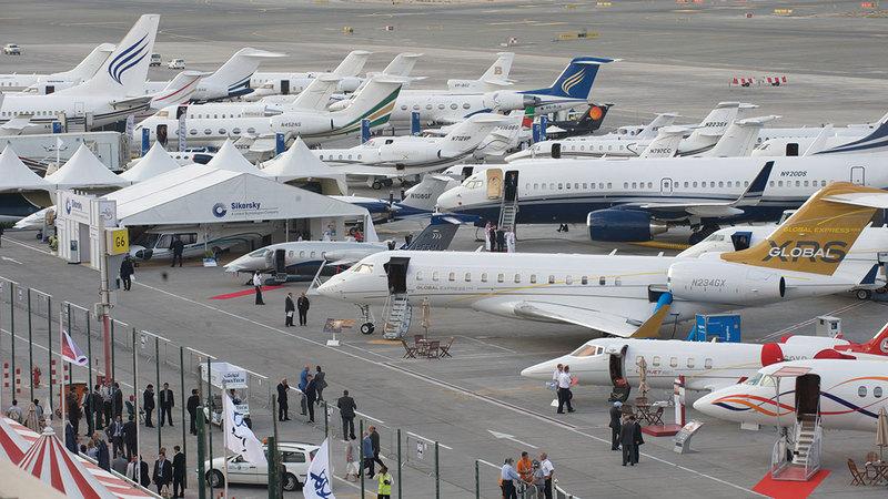 حركة الطيران الخاص في مطار آل مكتوم الدولي واصلت نموها الكبير خلال العام 2021.  أرشيفية