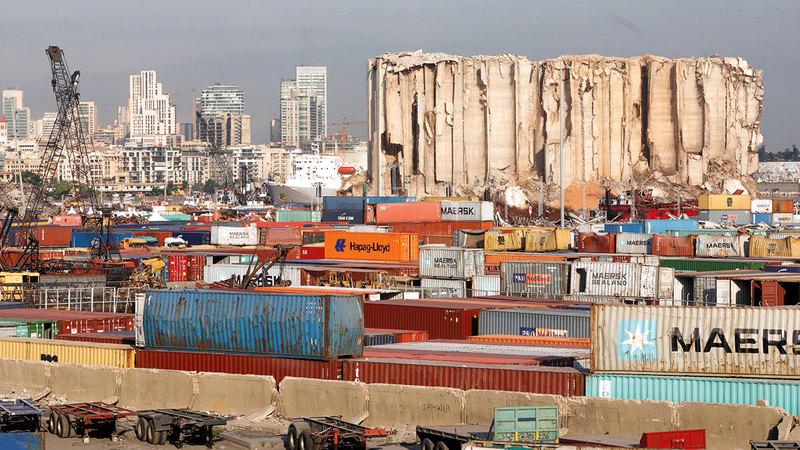 الميناء المدمر لايزال شاهداً على هول الكارثة.  رويترز