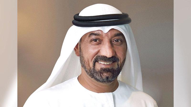 أحمد بن سعيد آل مكتوم: «التسابق لعمل الخير يترجم القيم الإنسانية الأصيلة لمجتمع الإمارات في العطاء والتماسك الإنساني».