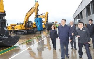الصورة: الصين تعتمد على الصناعة لقيادة الاقتصاد