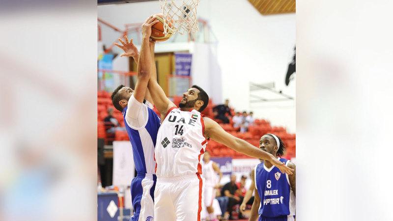 من مشاركة سابقة لعميد لاعبي سلة الإمارات علي الحتاوي.  من المصدر