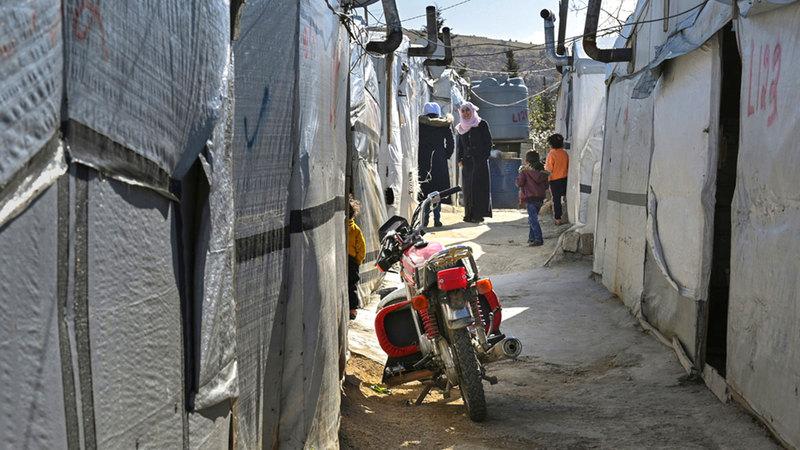 مشكلات اللبنانيين العلاجية والمعيشية تلاحقت بعد تفجير المرفأ.  من المصدر