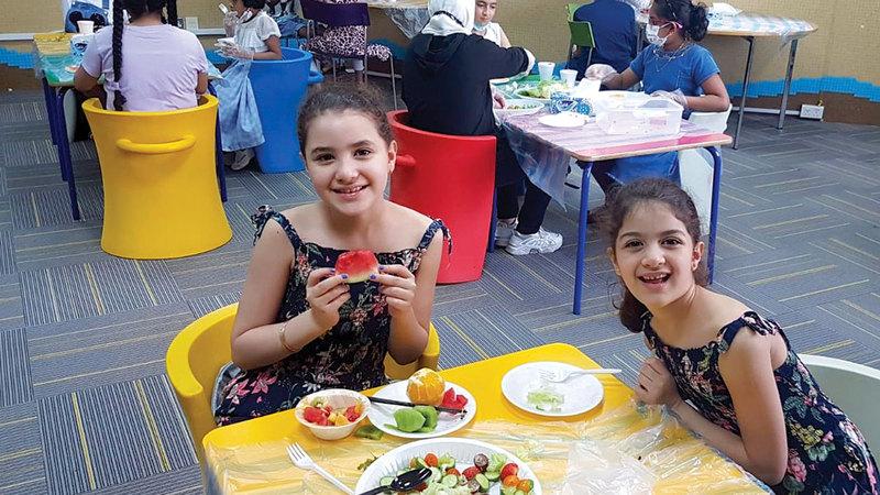 «دبي للثقافة» دعت الصغار إلى رحلة معرفية في مكتباتها العامة.   من المصدر