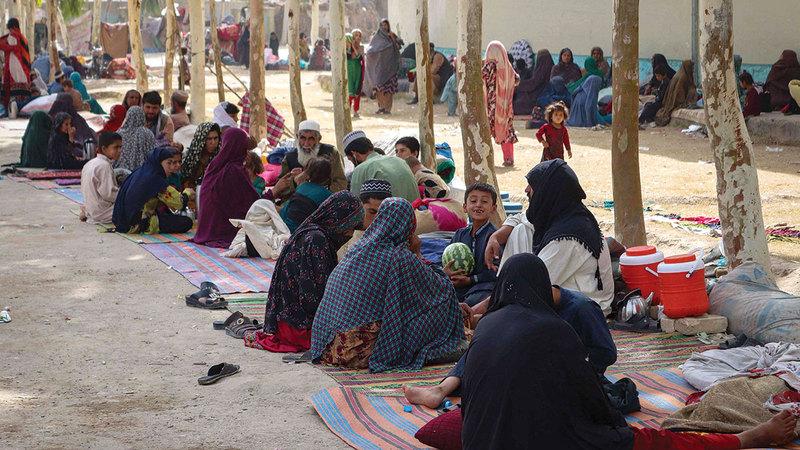 اللاجئون الأفغان في الداخل يخشون من العودة إلى ديارهم.  أ.ف.ب