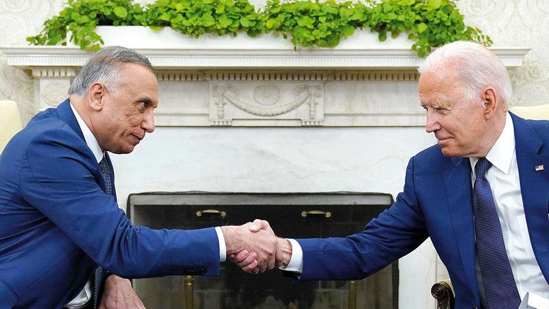 بايدن والكاظمي توصلا أخيراً إلى اتفاق يهدف إلى إنهاء المهمة القتالية للجيش الأميركي في العراق.       أ.ب