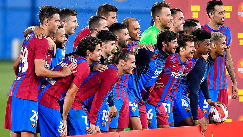 فريق برشلونة سيظهر في الموسم الجديد من دون ميسي.  أ. ف. ب