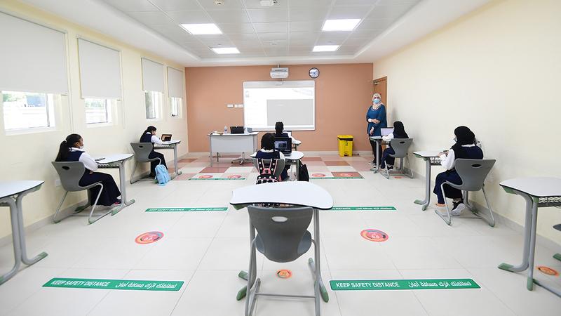 قيود مشددة على الطلاب والهيئة التدريسية لمراعاة الشروط الصحية.   تصوير: باتريك كاستيلو