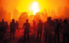 الصورة: العلماء يحذّرون: كوكب الأرض يحترق