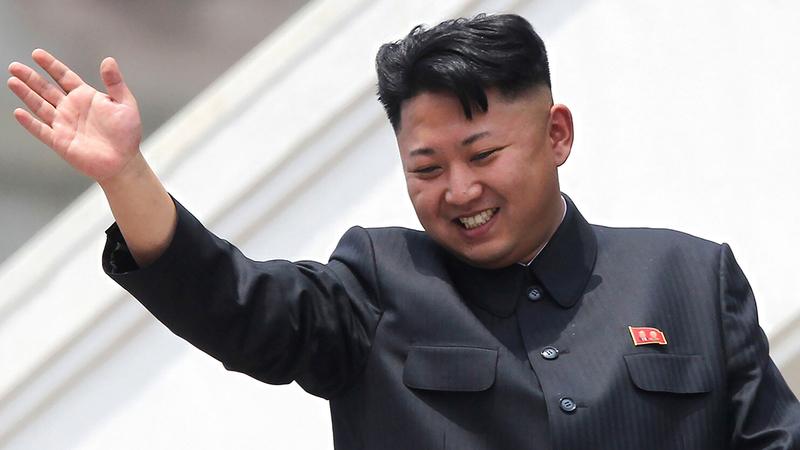 الزعيم الكوري الشمالي يبدو رشيقاً بعد فقدانه وزنه.  أ.ب