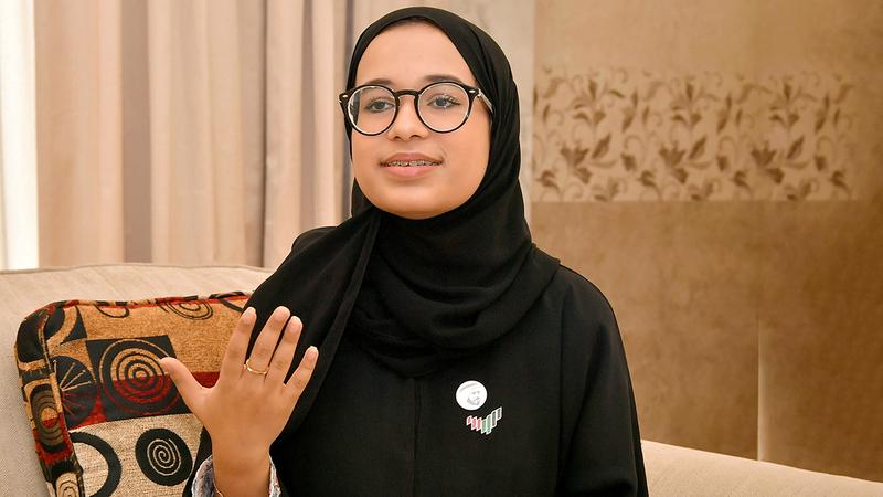 عائشة العلي: تركيزي الآن على انتقاء رسائل هادفة محمّلة بمعاني الأمل والثقة والتفاؤل.  تصوير: نجيب محمد