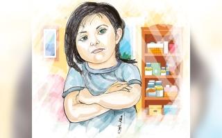 الصورة: «جودي» تعاني مرضاً جينياً وتحتاج إلى علاج مدى الحياة