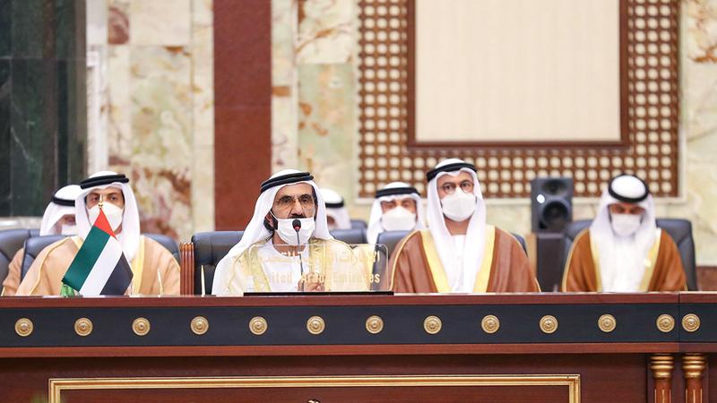 محمد بن راشد خلال أعمال «مؤتمر بغداد للتعاون والشراكة» بمشاركة إقليمية ودولية.  وام