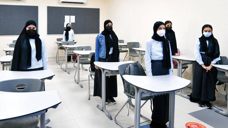 ضرورة التزام الطلبة بمجموعات التعليم التي تم تصنيفهم فيها من قبل إدارة المدرسة.                             تصوير: أشوك فيرما
