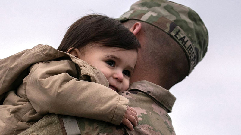 بعض قدامى المحاربين الأميركيين تزوجوا من أفغانيات ورزقوا منهن بأطفال لم يتمكنوا من إخراجهم من أفغانستان بسبب مشكلات التأشيرة.   أرشيفية