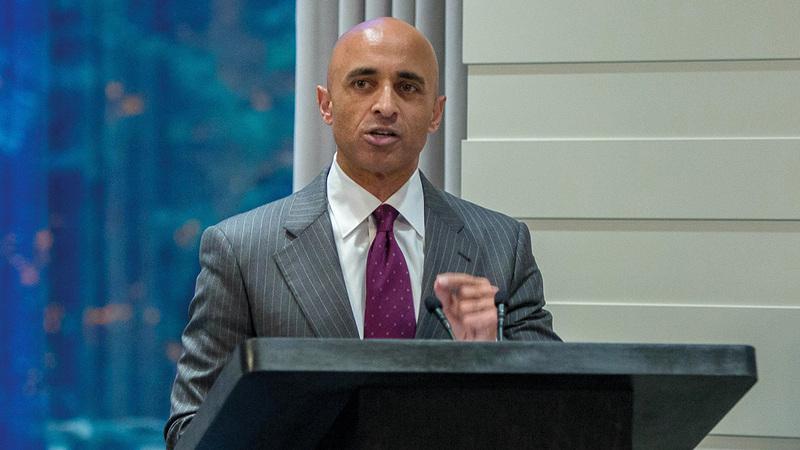 يوسف مانع العتيبة سفير الدولة لدى الولايات المتحدة الأميركية.