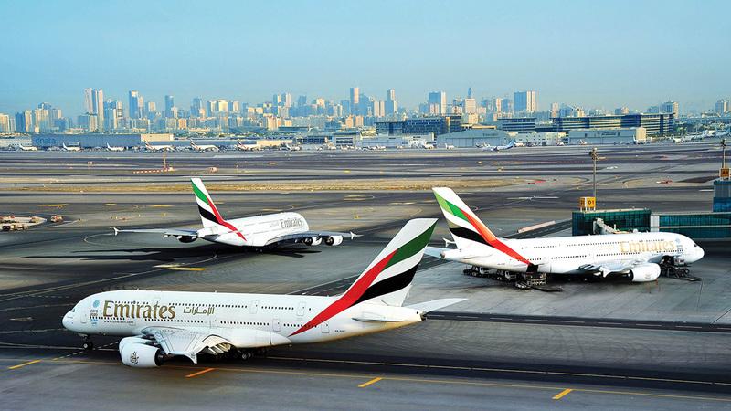 عرض «طيران الإمارات» يسري من 1 أكتوبر 2021 إلى 31 مارس 2022.  أرشيفية