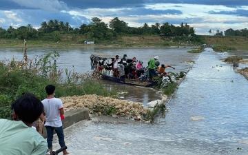 الصورة: إعصار يضرب شمال الفلبين.. وإجلاء المئات