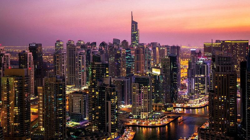 الوكالة أكدت أن هناك طلباً قوياً على العقارات الفاخرة في دبي.  أرشيفية