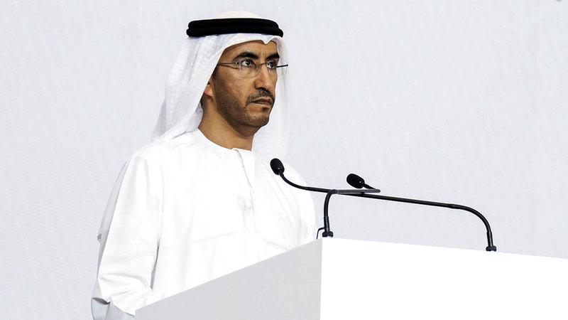 غنام المزروعي: «استراتيجية طويلة المدى لتأهيل الكوادر الإماراتية في مختلف القطاعات الاقتصادية الخاصة».