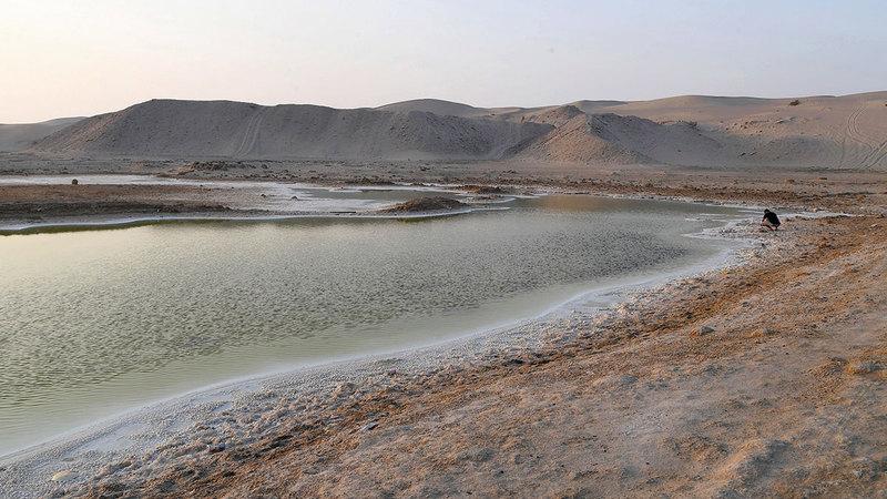 البحيرة تشكلت في الفترة الأخيرة نتيجة لعمليات الحفر بالمنطقة. تصوير: إريك أرازاس