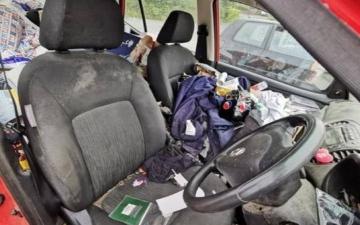 الصورة: سيارة غير نظيفة تثير الجدل.. صور